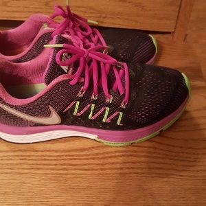 NIKE zoom  size 8 .Perfect condition. Worn twice.